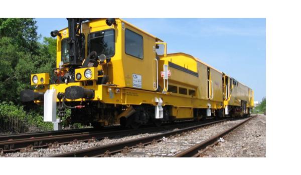 yellow train, Network Rail